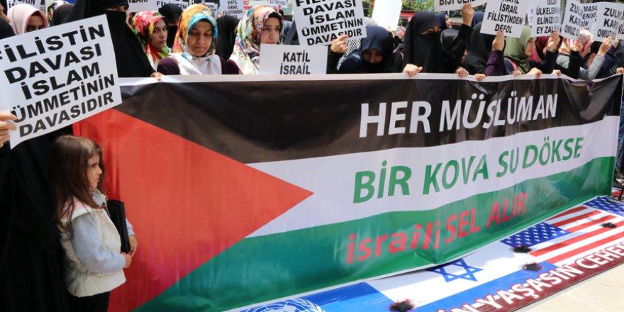 Fransa'daki 'Kur'an-ı Kerim' tartışması protesto edildi