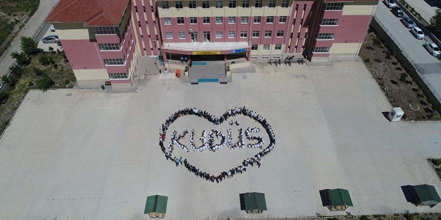 İmam Hatip Lisesi öğrencilerinden 'Kudüs' kareografisi