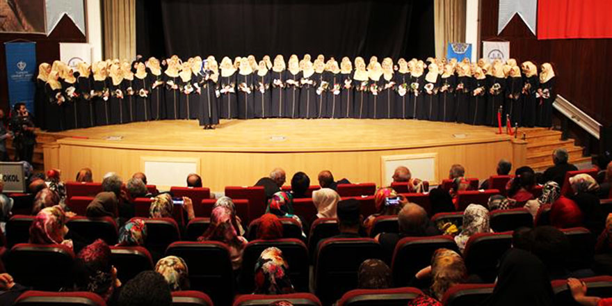 Maşallah! 106 kız öğrenci hafızlığı tamamladı icazet aldı