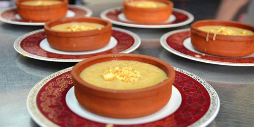 Kütahya'da iftar sofraları yöresel tatlı ile şenleniyor