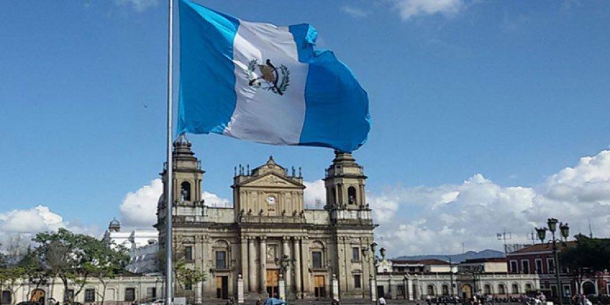 Guatemala da büyükelçiliğini Kudüs'e taşıyor