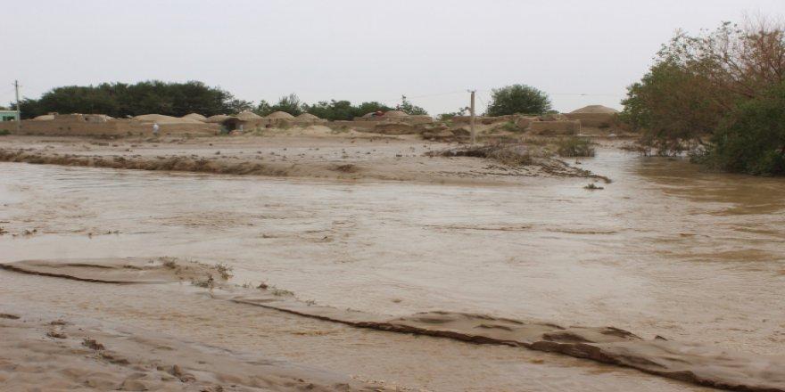Afganistan'da sel nedeniyle 9 kişi yaşamını yitirdi