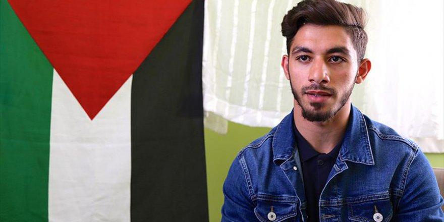 İsrail'in katliamı Gazzeli Süleyman'ı yasa boğdu