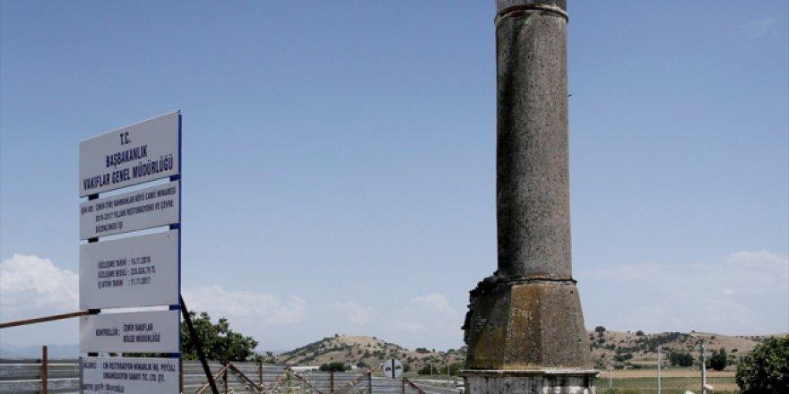 """İzmir'in """"yalnız minaresi"""" camisine kavuşuyor"""