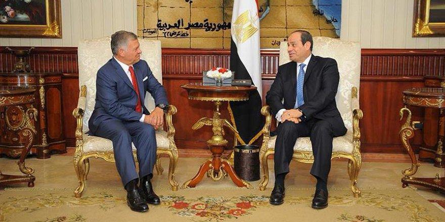 Mısır ve Ürdün, İsrail-Filistin görüşmelerinin başlamasını istiyor