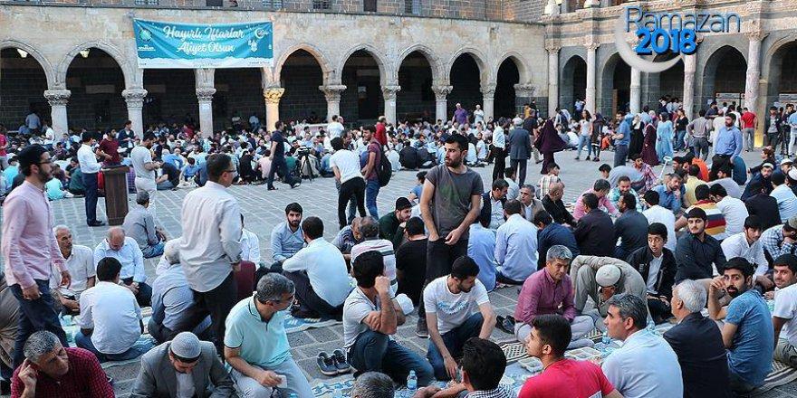 Peygamberler ve Sahabeler Kenti Diyarbakır'ın Fethi etkinliği yapıldı