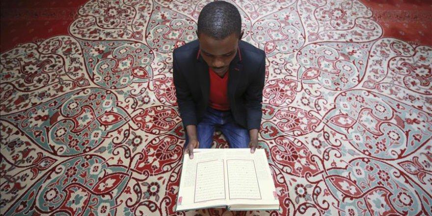 İslamiyeti Ruanda'da tanıdı, Türkiye'de Müslüman oldu