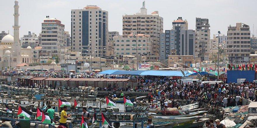 İsrail, el koyduğu geminin yolcularını serbest bıraktı