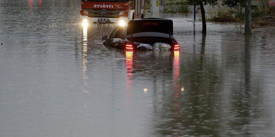 Ankara'da sel nedeniyle bir kişi hayatını kaybetti