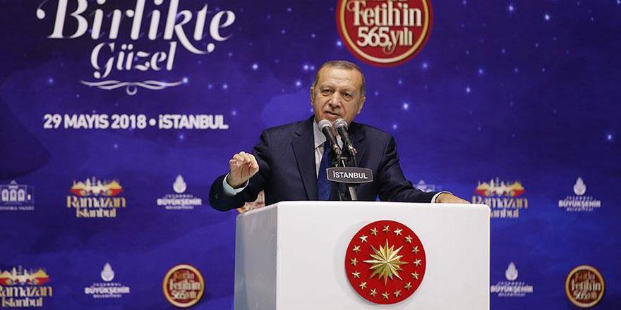 Erdoğan İstanbul için dua etti ve ekledi: Kadir Gecesi'ne yetiştirmek istiyoruz