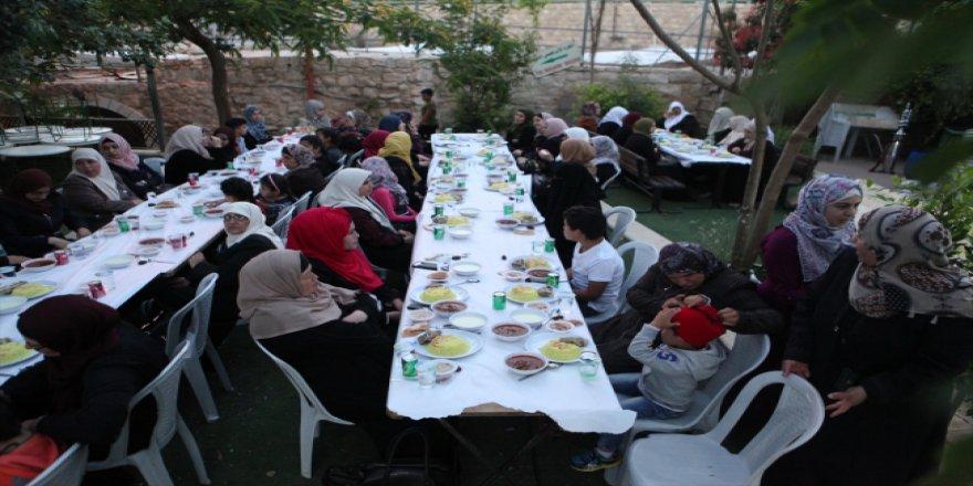 TİKA, Filistin'de iftar verdi