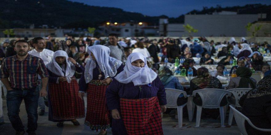 Batı Trakya Türkleri iftar ve sahurda buluşuyor