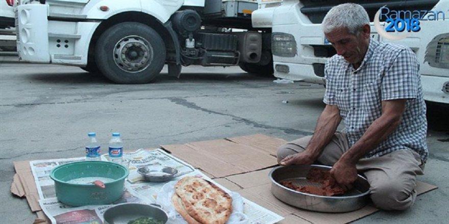 Sınır Kapısında iftar