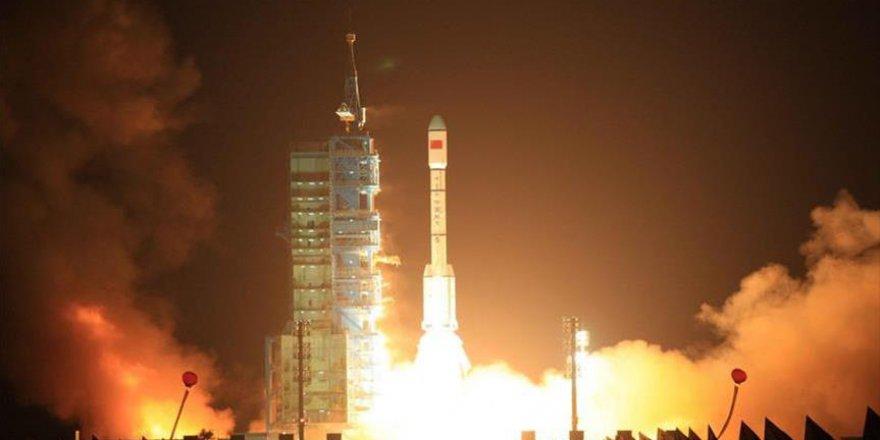 Hindistan uzay çalışmalarına daha çok eğilecek