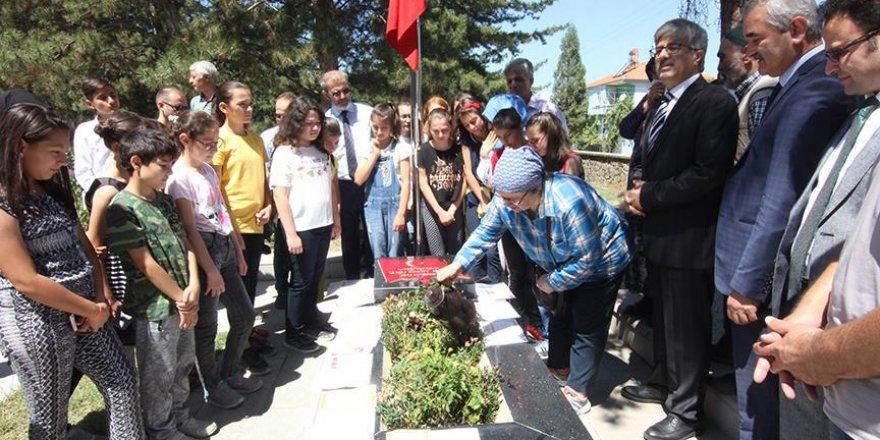 Türkiye şehit Aybüke öğretmeni unutmadı
