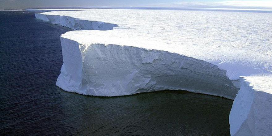 Antartika'da erime alarm seviyesinde okyanus yükseldi