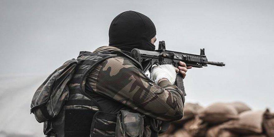 Hakkari'de 1 askerimiz şehit