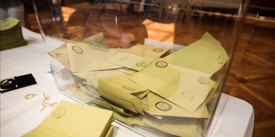 Batı Balkanlar'daki Türk seçmen hafta sonu sandığa gidecek