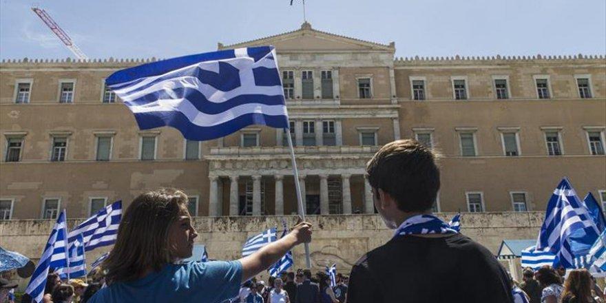 Yunanistan ile Makedonya arasındaki isim anlaşması protesto edildi