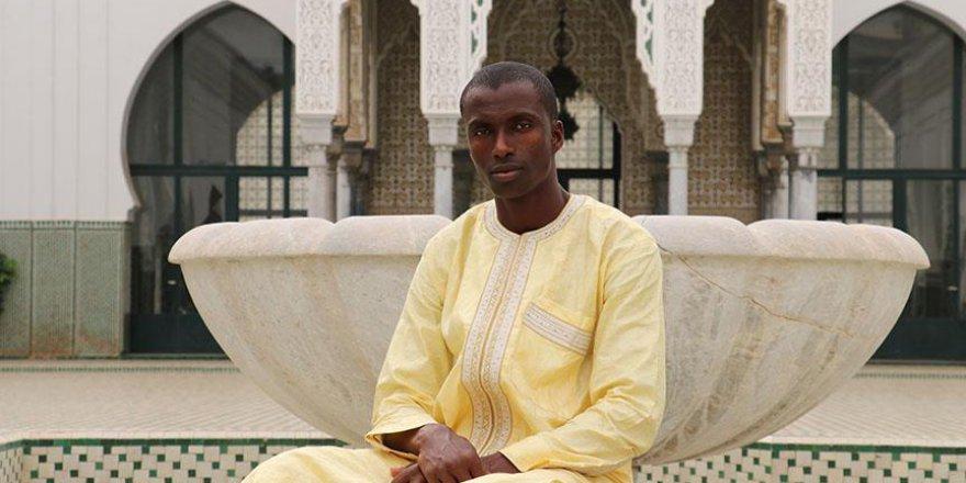 Dakar Ulu Camisinin Türkiye sevdalısı gönüllü müezzini
