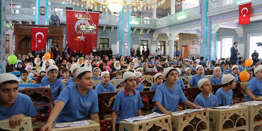 Yaz Kur'an kursları başladı, camiler cıvıl cıvıl