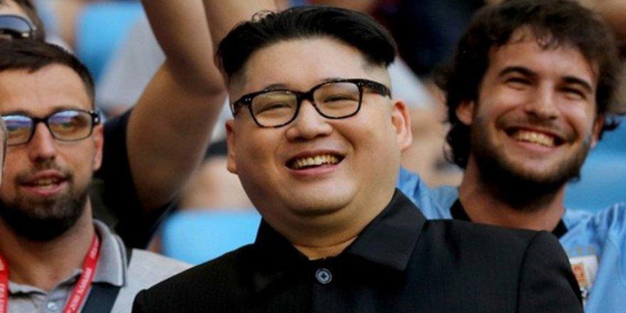 Dünya Kupası'nda Putin ve Kim Jong-ın benzerleri konuşuluyor