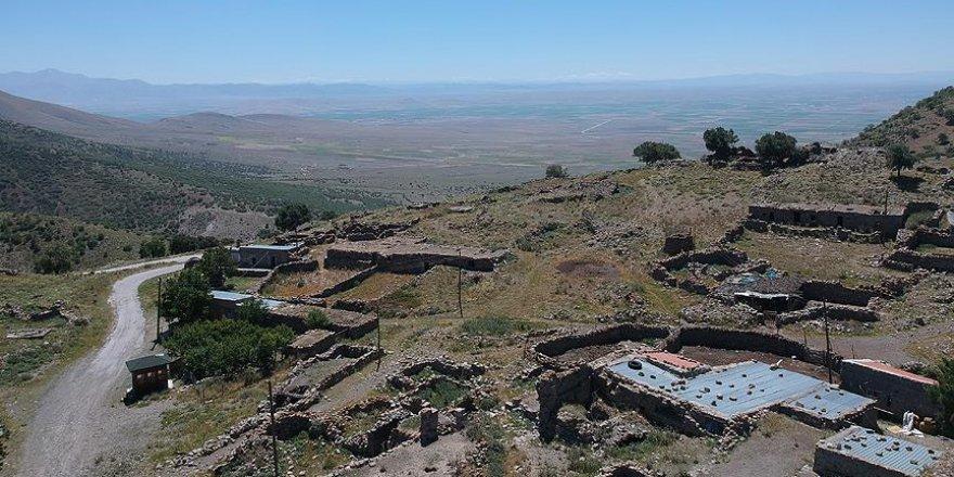 Karaman'ın turizm merkezi 'Karadağ'