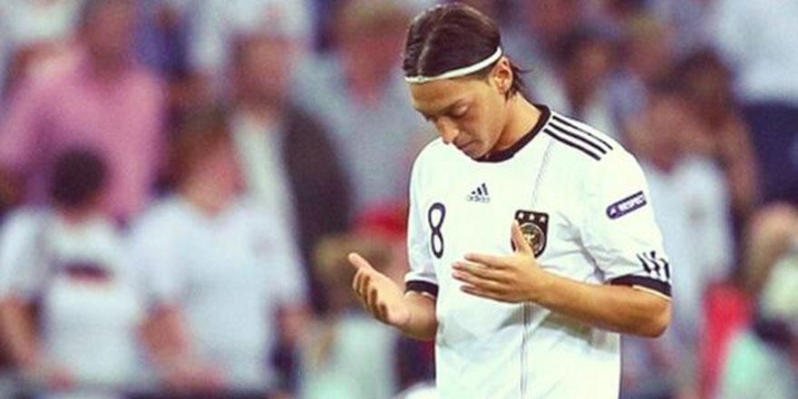 Irkçılık mağduru Mesut Özil, kendi takımını kuracak