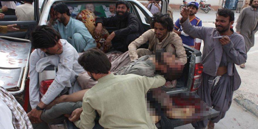 Pakistan'daki korkunç terör eylemine tepkiler