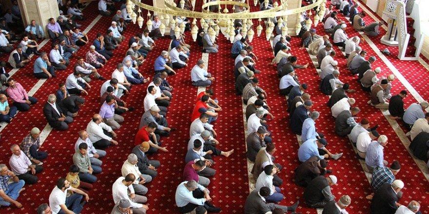 Bediüzzaman Camiinde 15 Temmuz şehitleri için Türkçe ve Kürtçe Mevlid okundu