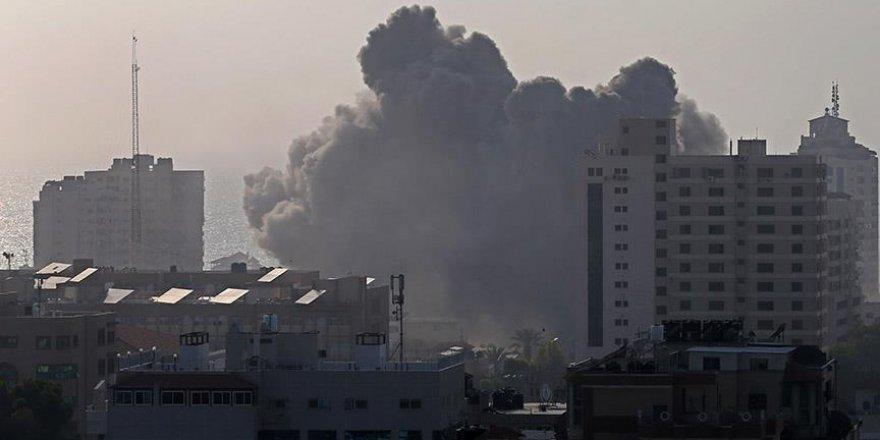 İşgalci İsrail'den Gazze'ye iki hava saldırısı