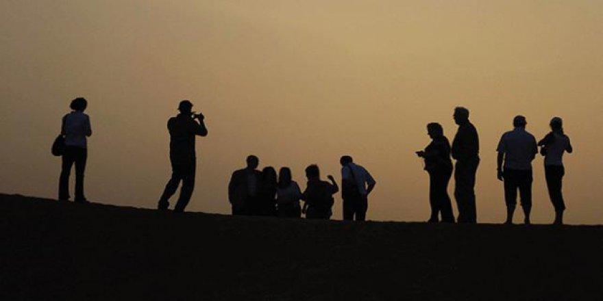 Birleşik Arap Emirlikleri'nden turist ailelerin çocuklarına süreli vize muafiyeti