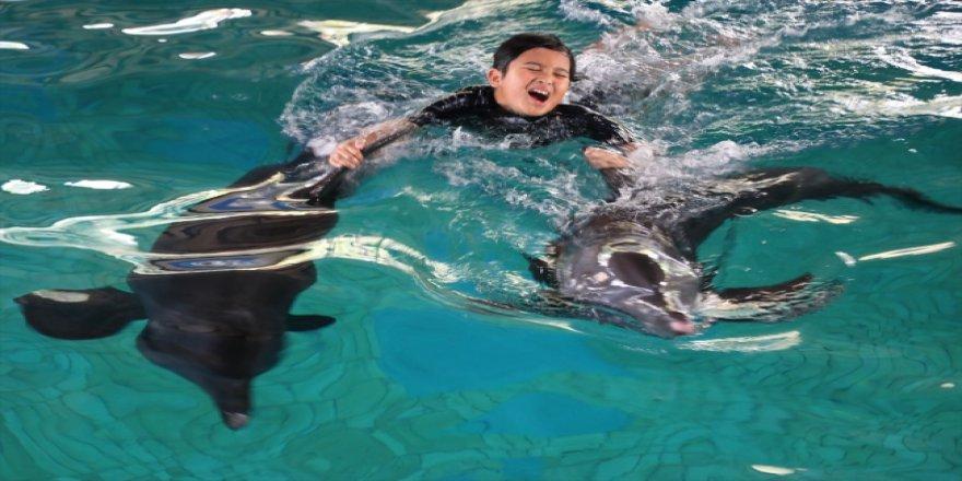 Endonezya'da otizm böyle tedavi ediliyor