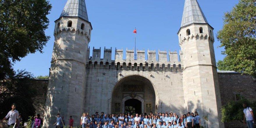Şehit ve gazi çocukları İstanbul'u gezdi