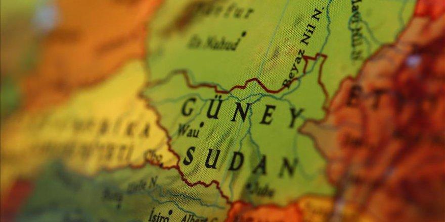 Güney Sudan'da Dışişleri Bakanı kovuldu