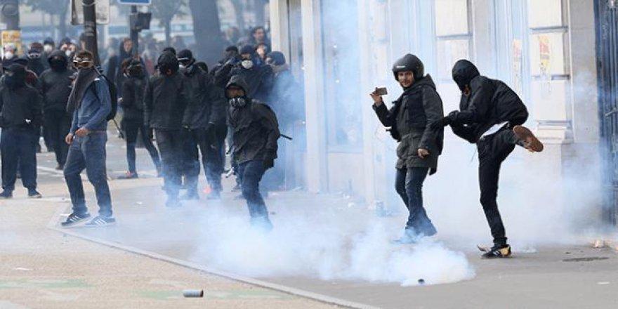 Yunanistan'dan Avrupa'ya 'ırkçılık' uyarısı