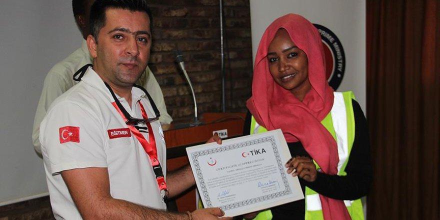 TİKA, Sudan'da sağlıkçıları eğitti