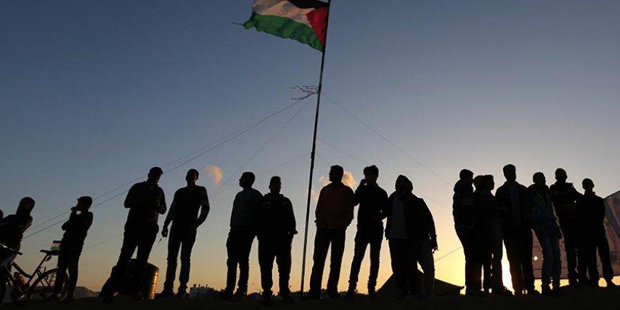 Filistin'deki tüm oluşumlar İsrail'i kınadı