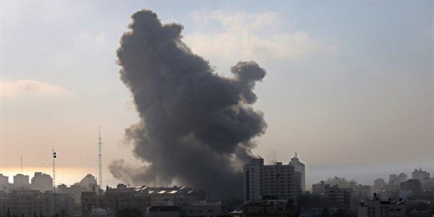 İşgalci İsrail havadan saldırdı