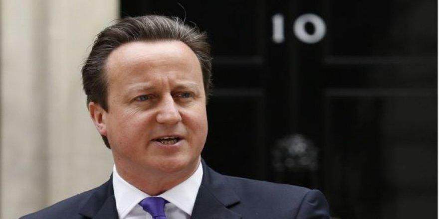 İngiltere eski Başbakanı: Müslümanlar da sapkın yorumculardan kurtulmak istiyor
