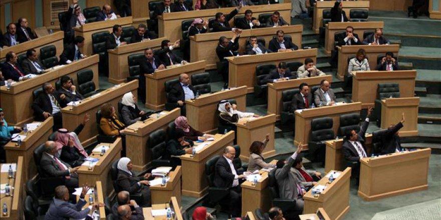 Ürdün'de hükümet krizi çözüldü