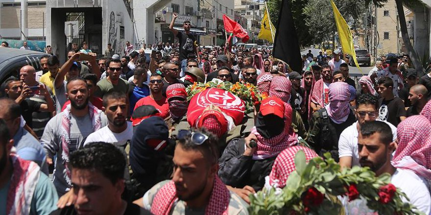 Filistinli çocuk şehit son yolculuğuna uğurlandı