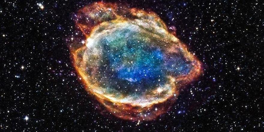 Hubble'ın fotoğrafladığı, süpernova patlaması sonucu çıkan benzersiz yıkıcı dalga