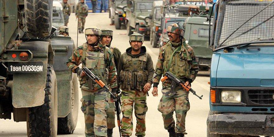 Hindistan'daki çatışmalar 241 cana mal oldu