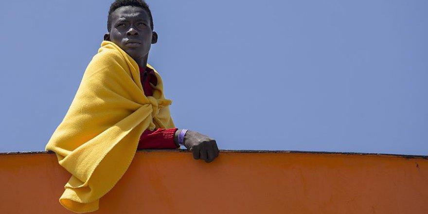 Avrupa Birliği göçmen gemisine liman arıyor