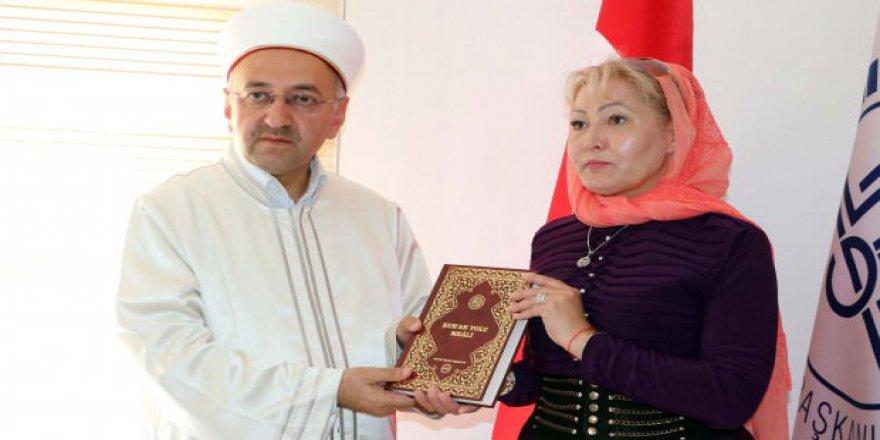 Rus asıllı kadın Yozgat'ta Müslüman oldu