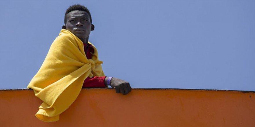 Ortada kalan göçmenleri Fransa kabul edecek