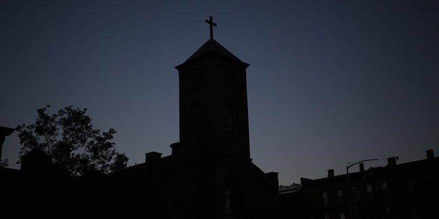 ABD'de rahip skandalı: Binlerce çocuğu istismar etmişler