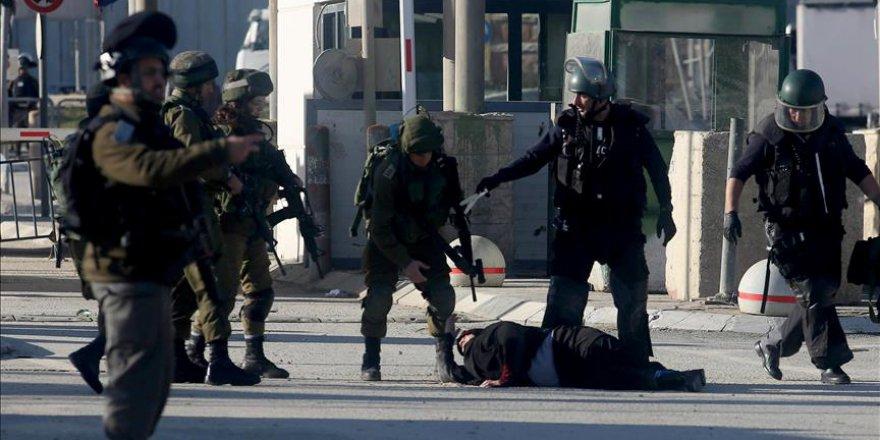 İşgalci İsrail 8 Filistinli kadını alıkoydu