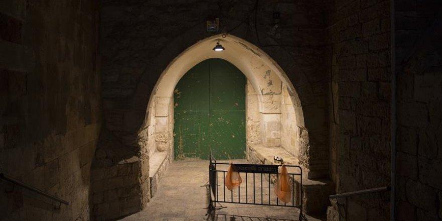 İşgalci İsrail Mescid-i Aksa'ya girişleri kapattı